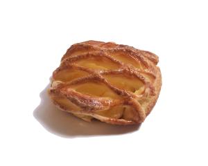 アップルデニッシュ 200円:ちょっぴり酸味のあるりんごをふわっとさくっと、アップルパイ風のパンにしました。