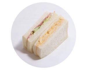 ハムとたまごのサンド 240円:シャキシャキレタスと、新鮮たまご、ハムのサンドイッチは定番の美味しさ。