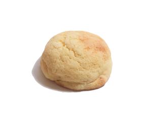 メロンパン 160円:表面のサクサククッキー生地としっとりのアーモンドクリームが絶妙です。